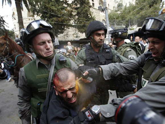 Alrededor de 60 palestinos heridos por represión de Israel