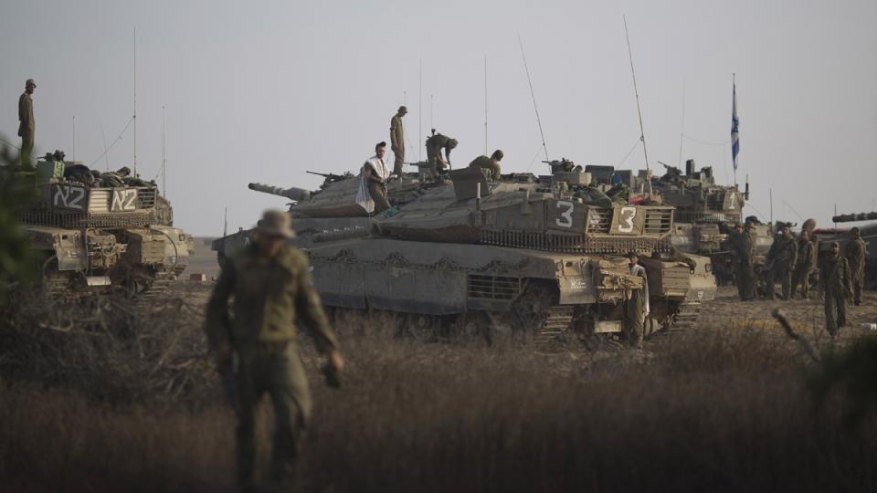 10.000 palestinos huyen ante la amenaza de Israel - Página 7 5208920140822080052089