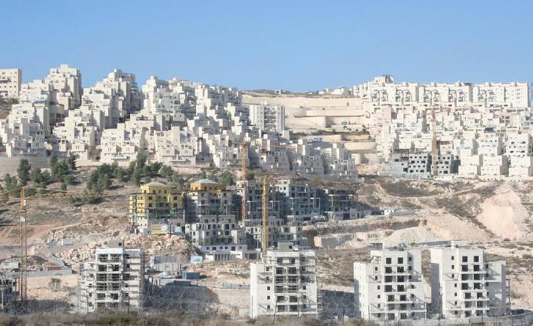 Netanyahu comunica a Kerry que su Gobierno no paralizará la construcción en los asentamientos
