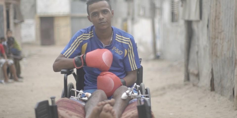 (VIDEO) Régimen israelí mata los sueños de joven boxeador
