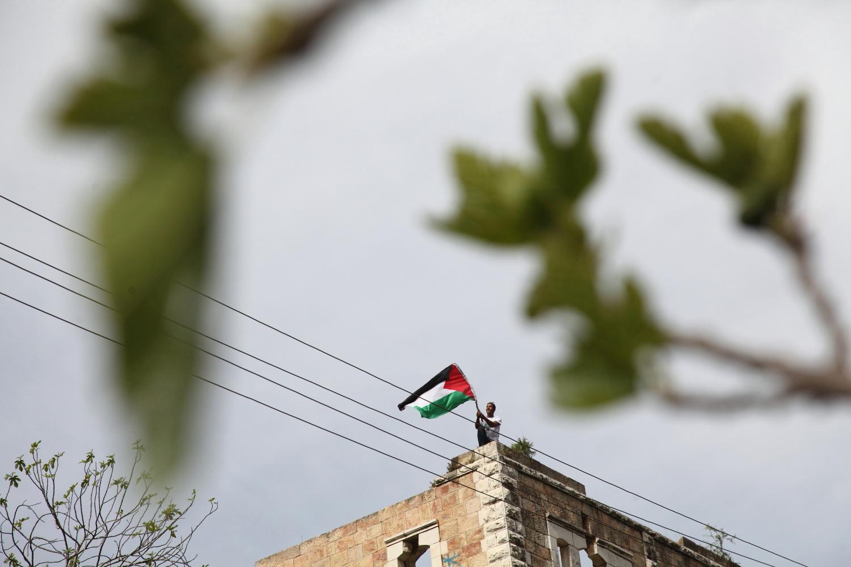 Día de la Tierra: los palestinos caminan entre los viejos re