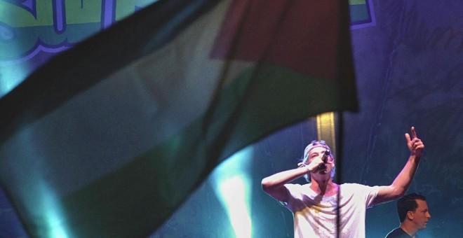 Matisyahu actúa en el Rototom entre abucheos y banderas palestinas