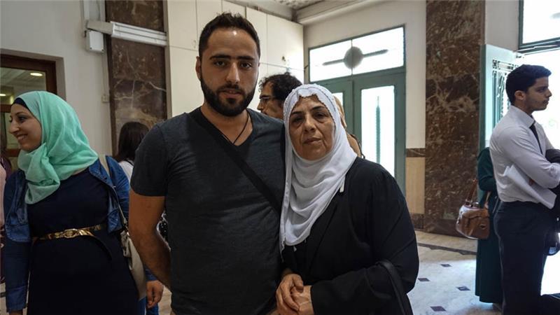 'Estamos siendo desalojados porque somos palestinos'