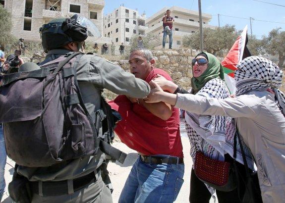 Palestina: Oraciones contra el Muro de Apartheid israelí