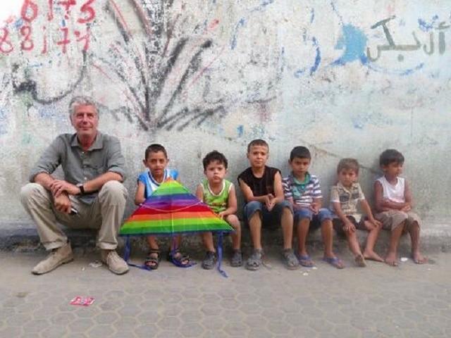 La visita de Anthony Bourdain a Palestina cambió vidas