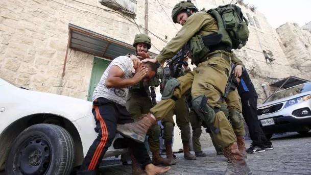 Israel maltrata, tortura, mata palestinos y patrocina amistosos de fútbol de élite
