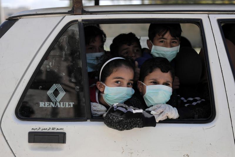Los palestinos se enfrentan a dos enemigos: La Ocupación y la Pandemia
