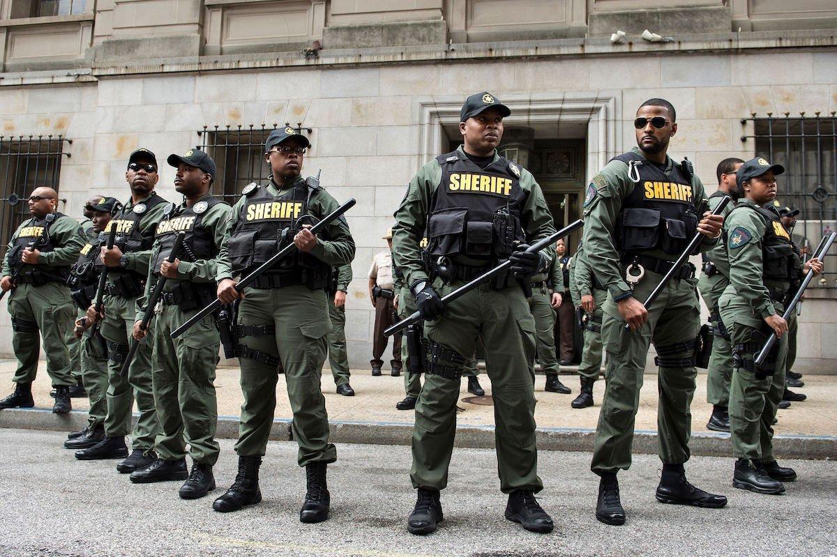 ¿Con quiénes entrenan muchos Departamentos de Policía de los Estados Unidos? Con Israel, un Violador Crónico de Derechos Humanos