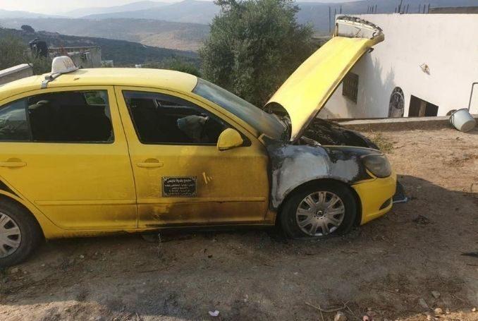 Terrorismo israelí: Esta mañana, colonos prendieron fuego a automóviles palestinos en Cisjordania