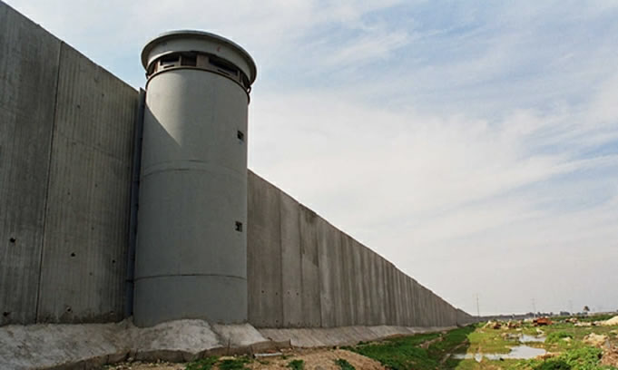 """""""Roger Waters"""" quiere dar concierto en frontera USA y México"""